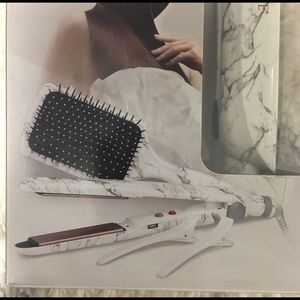 Accessories - NEW BOUTIQUE Conair Hair Straightener -MARBLE